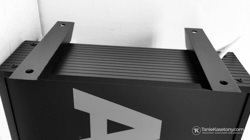 uchwyty montażowe do kasetonów dwustronnych